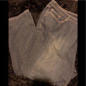 Women's Plus Size Avenue Jeans Size 32 Tall